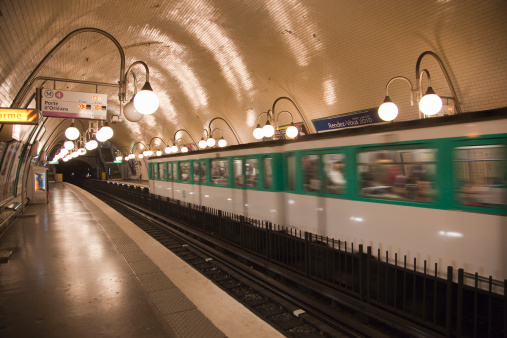 Passenger Train「Paris, France.」:スマホ壁紙(4)
