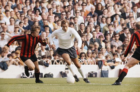 Club Soccer「Martin Chivers Tottenham Hotspur v Manchester City」:写真・画像(16)[壁紙.com]