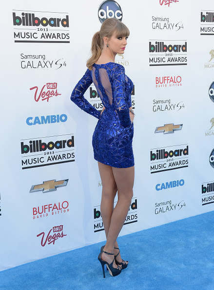 Form Fitted Dress「2013 Billboard Music Awards - Arrivals」:写真・画像(13)[壁紙.com]