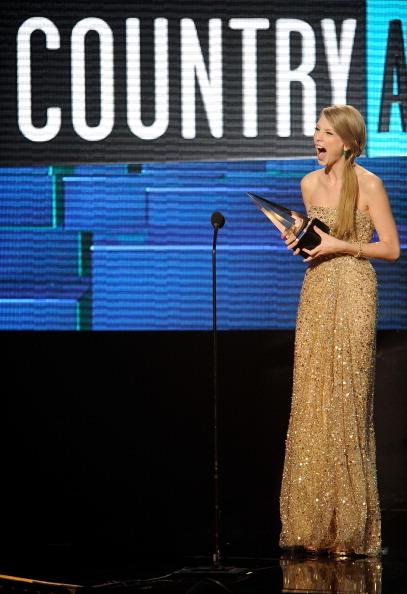 2011 American Music Awards「2011 American Music Awards - Show」:写真・画像(9)[壁紙.com]