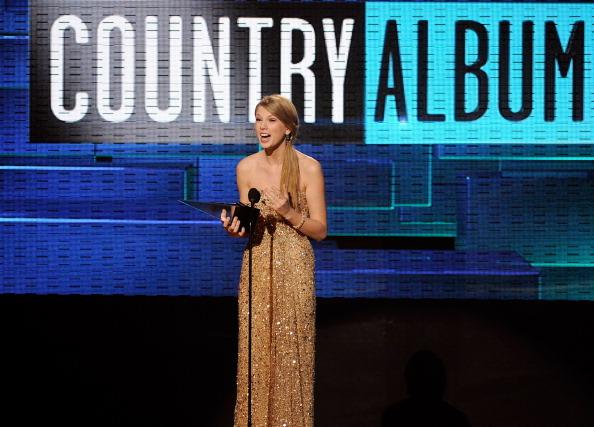 2011 American Music Awards「2011 American Music Awards - Show」:写真・画像(6)[壁紙.com]