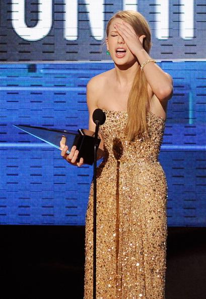 2011 American Music Awards「2011 American Music Awards - Show」:写真・画像(8)[壁紙.com]