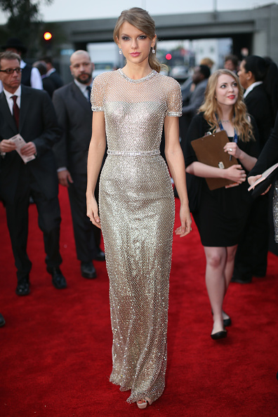 Silver Colored「56th GRAMMY Awards - Red Carpet」:写真・画像(7)[壁紙.com]