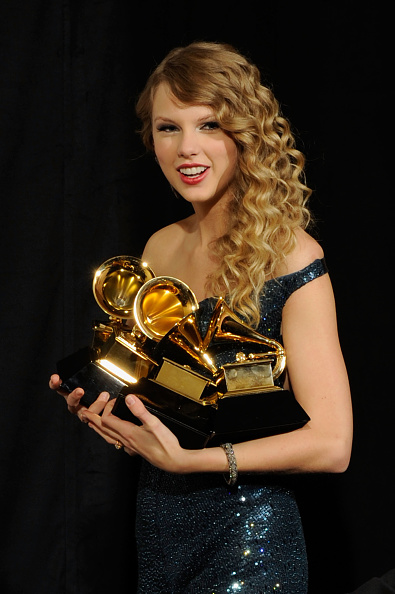 Courage「The 52nd Annual GRAMMY Awards - Press Room」:写真・画像(0)[壁紙.com]