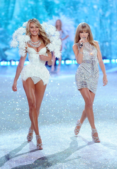 Performance「2013 Victoria's Secret Fashion Show - Show」:写真・画像(14)[壁紙.com]
