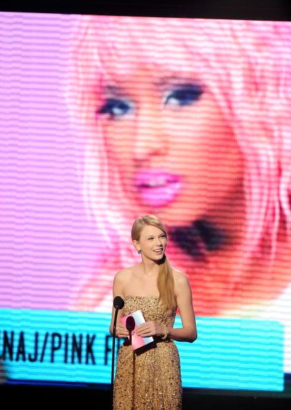 2011 American Music Awards「2011 American Music Awards - Show」:写真・画像(7)[壁紙.com]