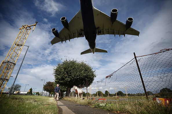 Heathrow Airport「The Debate Over The Third Runway At Heathrow Airport Continues」:写真・画像(7)[壁紙.com]