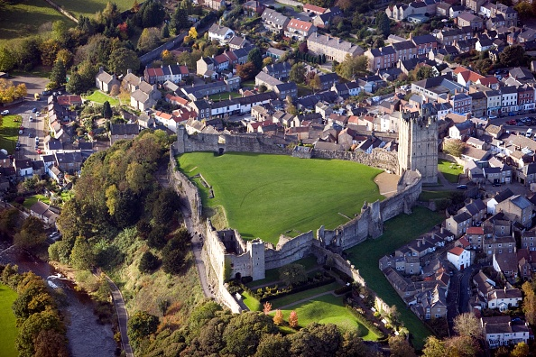 Town「Richmond Castle」:写真・画像(0)[壁紙.com]