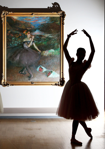 Edgar Degas「Ballerinas Bring Art To Life During Degas Exhibition Preview」:写真・画像(18)[壁紙.com]