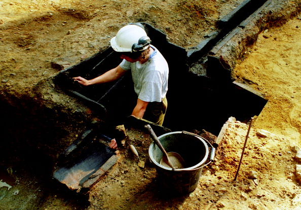 MOLA「Roman Amphitheatre Excavation」:写真・画像(15)[壁紙.com]