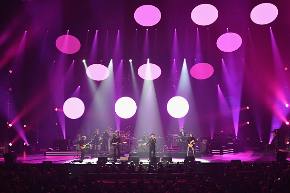 Dia Dipasupil「2018 MusiCares Person Of The Year Honoring Fleetwood Mac - Show」:写真・画像(2)[壁紙.com]