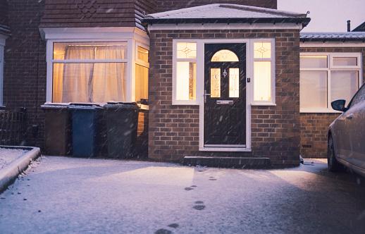Footpath「Fresh Fallen Snow」:スマホ壁紙(18)