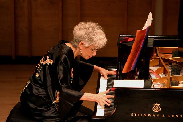 Classical Concert「Lois Brandwynne」:写真・画像(12)[壁紙.com]
