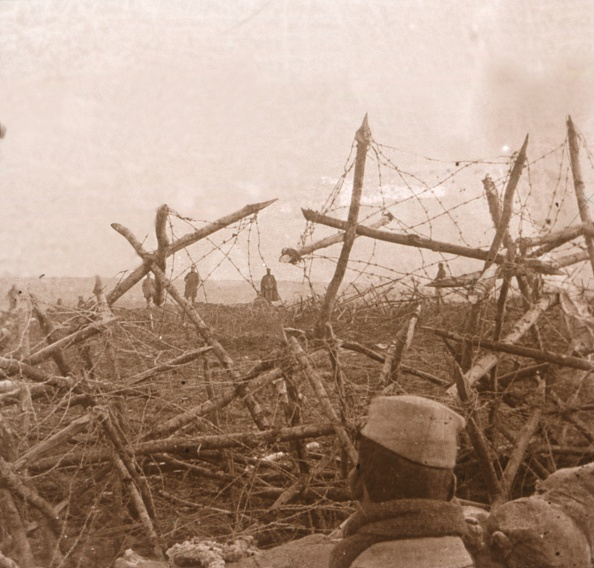 Northern European Descent「Germans Coming Out Of The Trenches」:写真・画像(7)[壁紙.com]