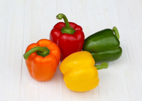 Bell Pepper「Red, orange, green and yellow bell peppers.」:スマホ壁紙(9)