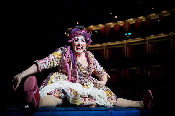 "Tristan Fewings「Cirque Du Soleil's ""Amaluna"" - Dress Rehearsal」:写真・画像(1)[壁紙.com]"