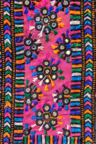 Tradition「Rajasthani textile fabric embroidery」:スマホ壁紙(17)