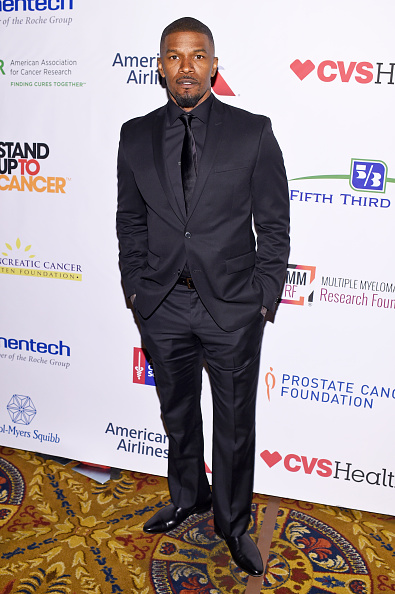 Black Color「Entertainment Industry Foundation Presents Stand Up To Cancer's New York Standing Room Only Event With Donors American Airlines And Merck  - Red Carpet」:写真・画像(4)[壁紙.com]
