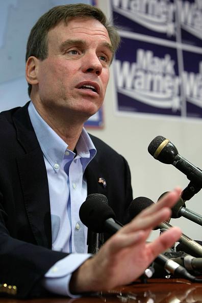 Democratic Party - USA「Mark Warner Discusses His Senatorial Victory In Last Night's Election」:写真・画像(15)[壁紙.com]
