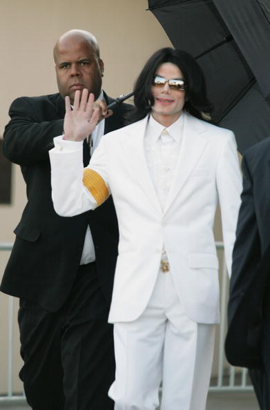 Human Arm「Jury Selection Begins In Michael Jackson Case」:写真・画像(5)[壁紙.com]