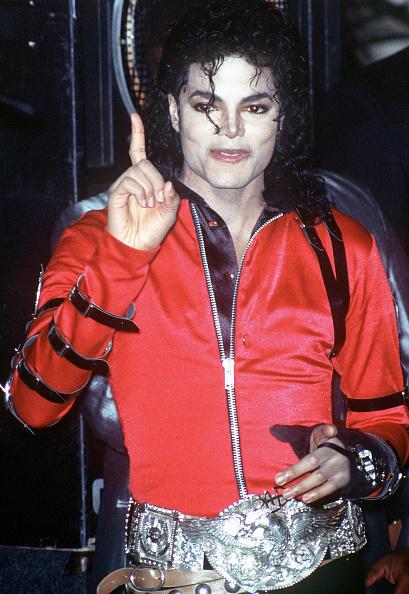 カメラ目線「Michael Jackson」:写真・画像(1)[壁紙.com]