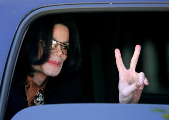 横位置「Michael Jackson Trial Continues」:写真・画像(12)[壁紙.com]