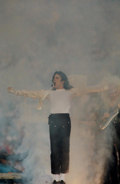 Live Event「Michael Jackson Performs at Superbowl XXVII」:写真・画像(18)[壁紙.com]