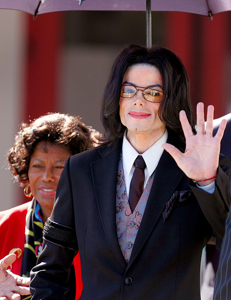 Carlo Allegri「Jackson Court Case Continues」:写真・画像(8)[壁紙.com]