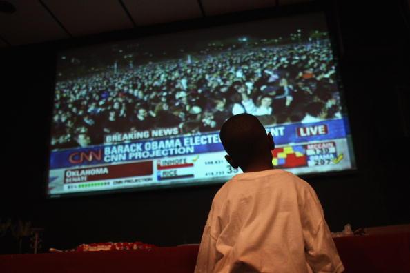 夜景「Obama Supporters Celebrate Win On Election Night」:写真・画像(11)[壁紙.com]