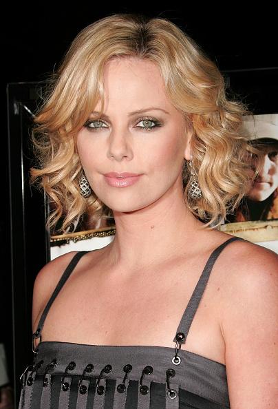 """Curly Hair「Overture Films' Screening Of """"Sleepwalking"""" - Arrivals」:写真・画像(18)[壁紙.com]"""