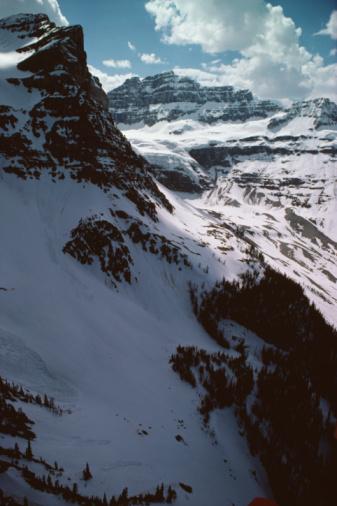 Mt Assiniboine Provincial Park「Mountain landscape, Mount Assiniboine Provincial Park, Canada」:スマホ壁紙(17)