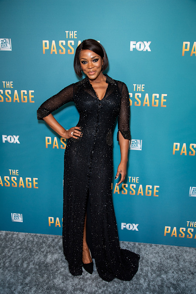 フロアレングス「FOX's 'The Passage' Premiere Party - Arrivals」:写真・画像(18)[壁紙.com]