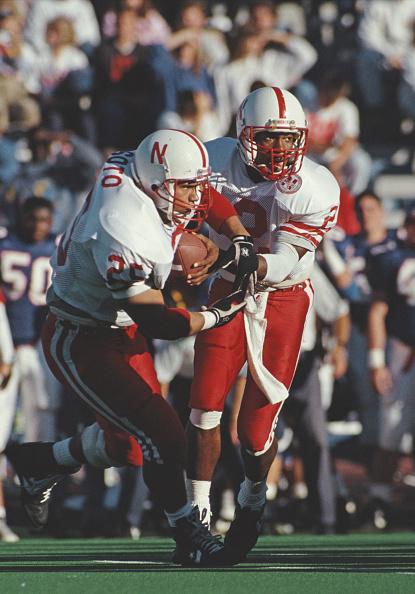 Running Back「University of Nebraska Cornhuskers vs University of Kansas Jayhawks」:写真・画像(15)[壁紙.com]