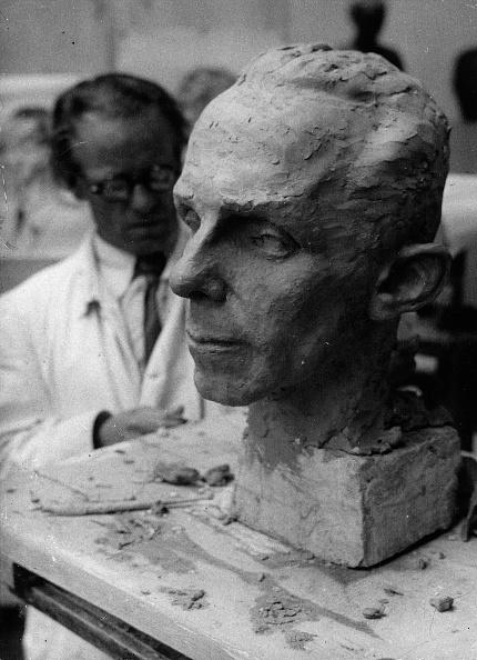 Sculptor「The Austrian sculptor Josef Thorak modelling the head of Joseph Goebbels. Austria. Photograph. 1938. (Photo by Imagno/Getty Images) Der Bildhauer Josef Thorak modelliert ein Bildnis von Josef Goebbels. Österreich. Photographie. 1938.」:写真・画像(14)[壁紙.com]