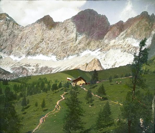 Dachstein Mountains「The Austriahuette (lodge), the oldest refuge on the Dachstein. Salzkammergut. Styria. Hand-colored lantern slide. Around 1910.」:写真・画像(18)[壁紙.com]