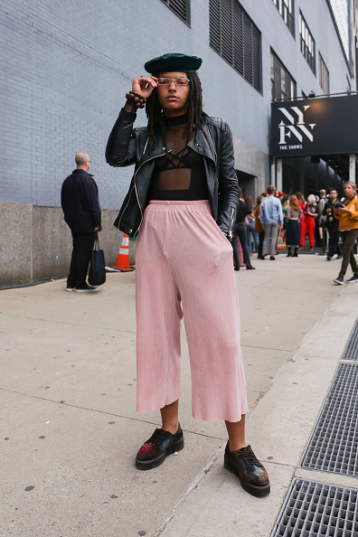 Achim Aaron Harding「Street Style - New York Fashion Week September 2018 - Day 4」:写真・画像(17)[壁紙.com]