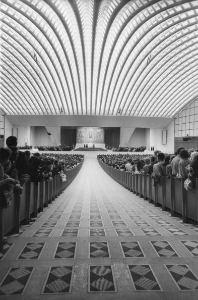 Architectural Feature「Papal Hall」:写真・画像(17)[壁紙.com]