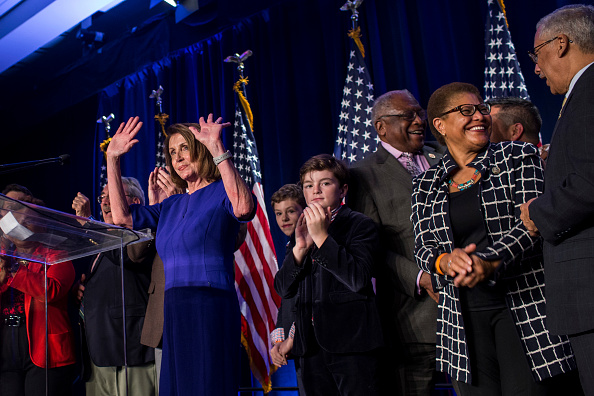 Connection「Nancy Pelosi And Congressional Democrats Gather In Washington DC For Election Night」:写真・画像(13)[壁紙.com]