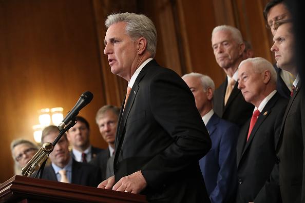 アメリカ共和党「House Votes To Formalize Impeachment Inquiry」:写真・画像(10)[壁紙.com]