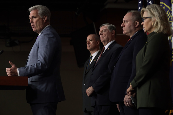 Three Quarter Length「House Minority Leader Kevin McCarthy Speaks To The Media Following Republican Conference Meeting」:写真・画像(6)[壁紙.com]