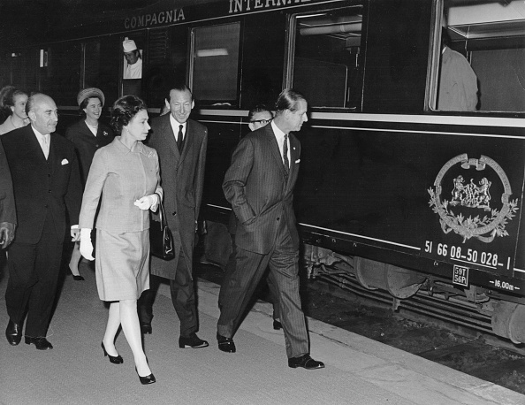 Visit「State-Visit Of Queen Elizabeth Of England And Prince Philip And Princess Anne In Austria. They Departed From Vienna For Innsbruck With An Extra Train; A Saloon-Carriage Of The Austrian Federal President And Were Received By Austrian Minister For Foreign Af」:写真・画像(5)[壁紙.com]