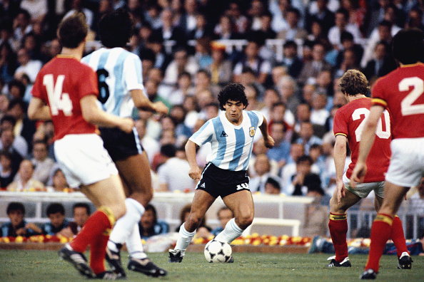 1980-1989「Diego Maradona」:写真・画像(0)[壁紙.com]