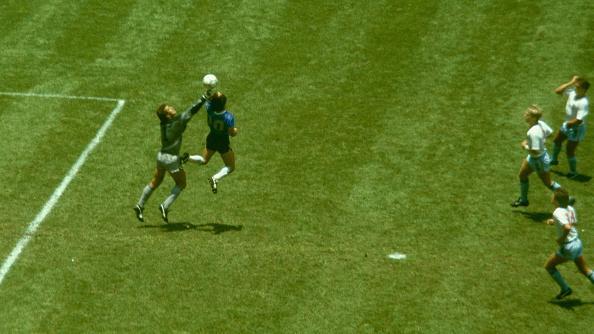 England「Diego Maradona Hand of God Goal Argentina v England 1986」:写真・画像(0)[壁紙.com]