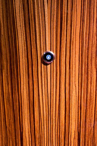 Peephole「Peephole in door」:スマホ壁紙(14)