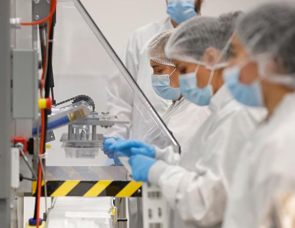 Utah「Utah Company Manufactures Quick Saliva Coronavirus Tests」:写真・画像(2)[壁紙.com]