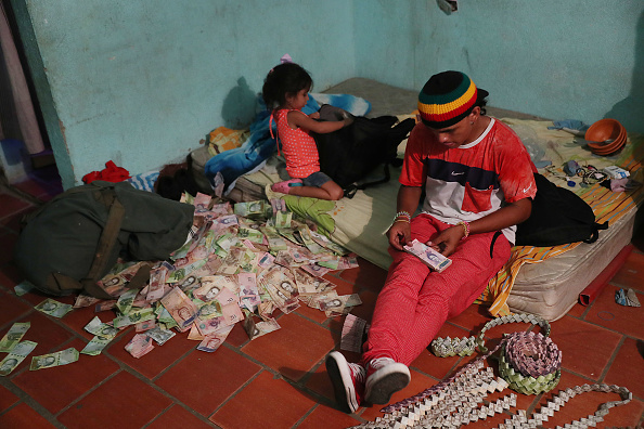 Latin America「Colombian Border Towns See Influx Of Venezuelans Crossing Amid Country's Political Turmoil」:写真・画像(9)[壁紙.com]