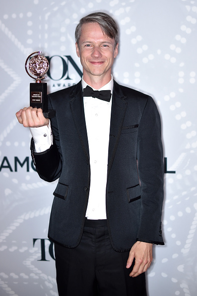 John Cameron Mitchell「2015 Tony Awards - Paramount Hotel Winners' Circle」:写真・画像(14)[壁紙.com]