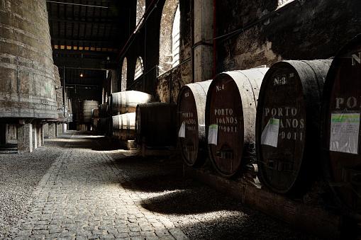ブランデー「ポルトのワインセラー」:スマホ壁紙(7)