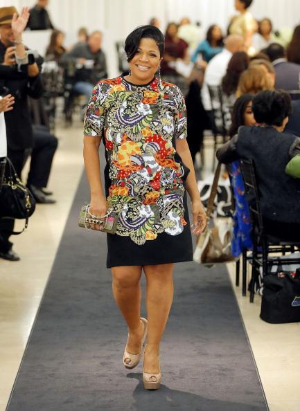 プレーする「Saks Fifth Avenue And Off The Field Players' Wives Association Host Charitable Fashion Show」:写真・画像(13)[壁紙.com]