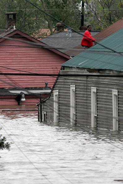 Pensacola「Hurricane Katrina Hits The Gulf Coast」:写真・画像(17)[壁紙.com]